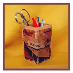 WM Copo madeira escritório / canetas